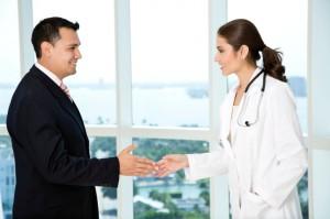 Doctor-Business-Handshake-ThinkstockLattaPictures-300x199
